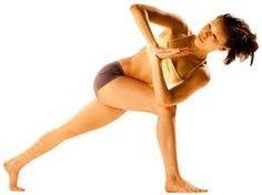 Las torsiones favorecen el masaje de los órganos internos y por tanto la eliminación de toxinas.
