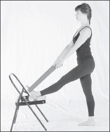 Utthita hasta padangustasana I: Alivia la rigidez de las caderas y la tensión en la parte posterior de las piernas.